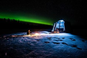 finland arctic guesthouse igloos